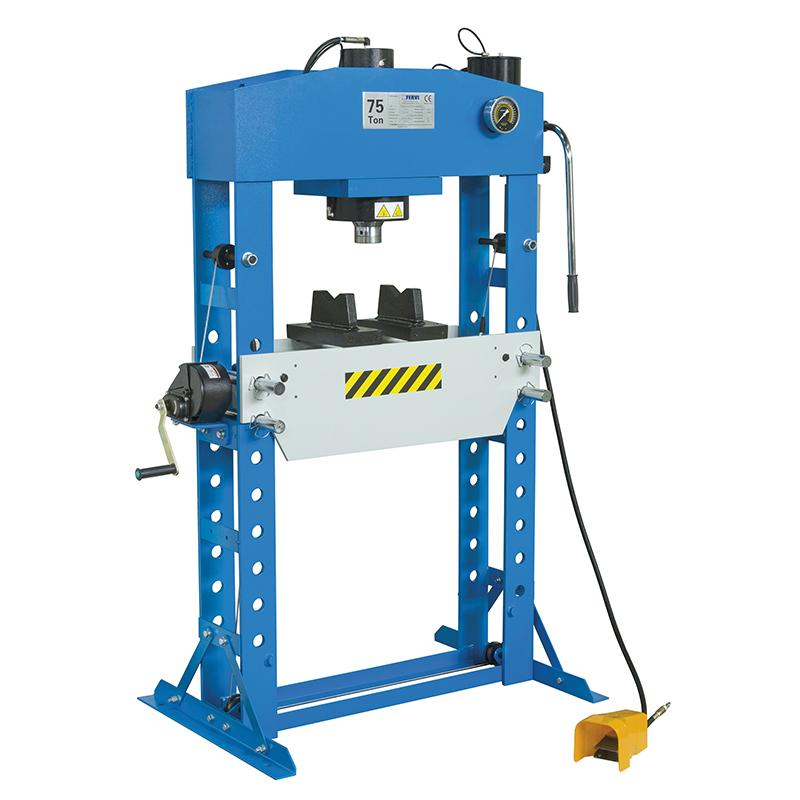 Pressa idraulica manuale e pneumatica p001 75 presse for Presse idrauliche usate per officina